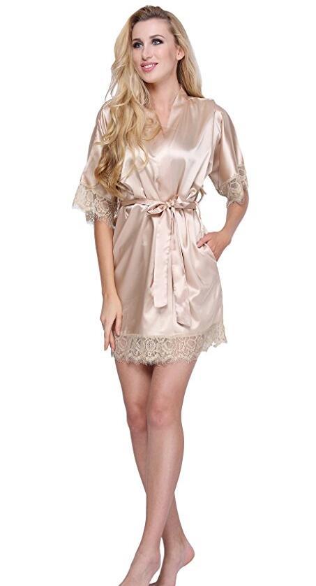 Соблазнительный атласный халат- золотистый One Size