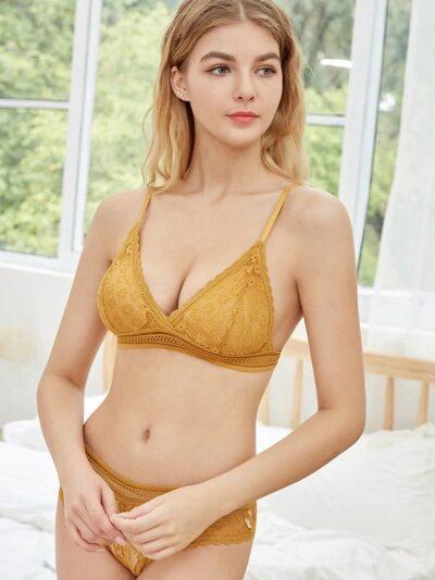 Комплект цветочки цвета желтый