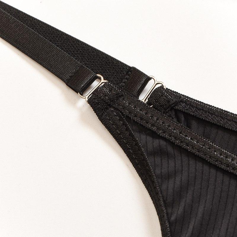 Стильный соблазнтельный комплект - чёрный